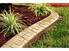 Практичность и многофункциональность садовых бордюров от компании «Юнигран»