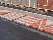 Материал нового поколения – тротуарная плитка производства «Юнигран» «монолит» и «патио колормикс»