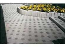 Тонкости оформления тротуарных дорожек на дачном участке